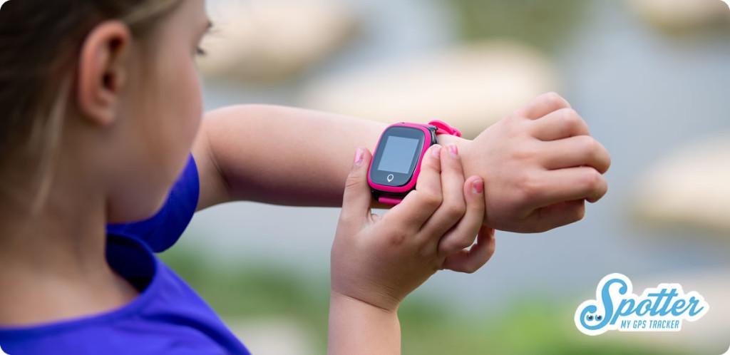 GPS horloge kind ingezoomd